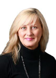 Angela Dunaway Headshot